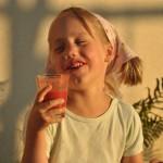 Dominika - maślanka z miodem i truskawkami